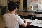 明日5/7木は中学・高2の登校日です。